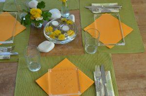 mecki und maxi auf dem Tisch